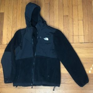 Black hooded North Fave fleece jacket. Worn twice!